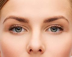 Augenlidstraffung: Ablauf und Kosten